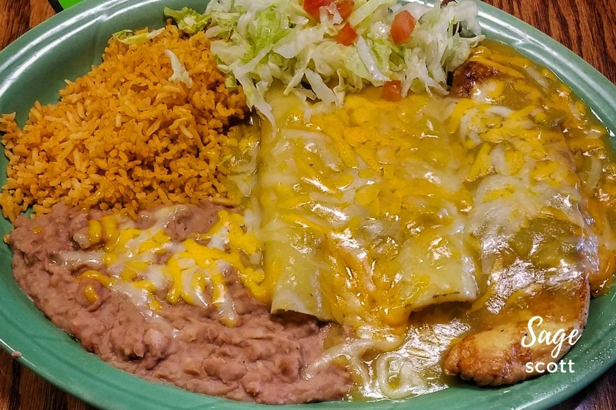 A plate of Mexican food at Chachi's Mexican Restaurant in Las Cruces
