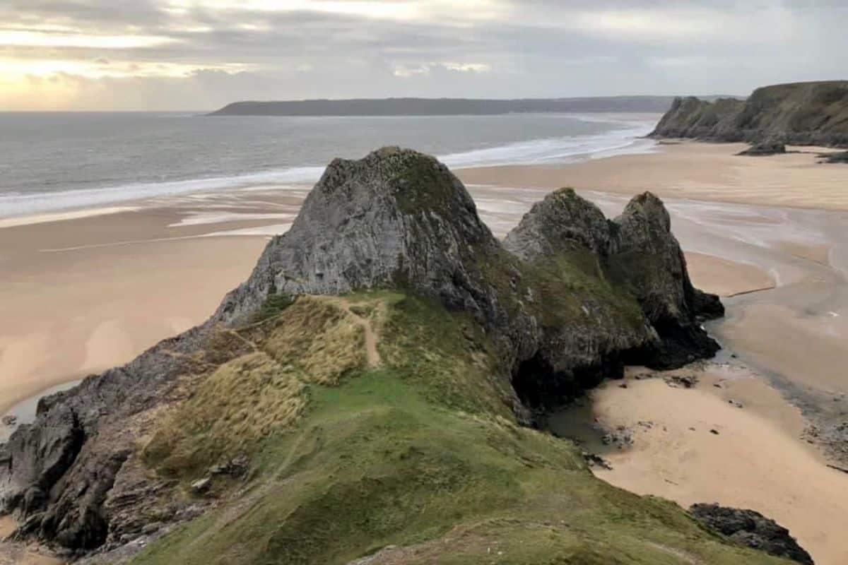 Three Cliffs Bay in Swansea Wales