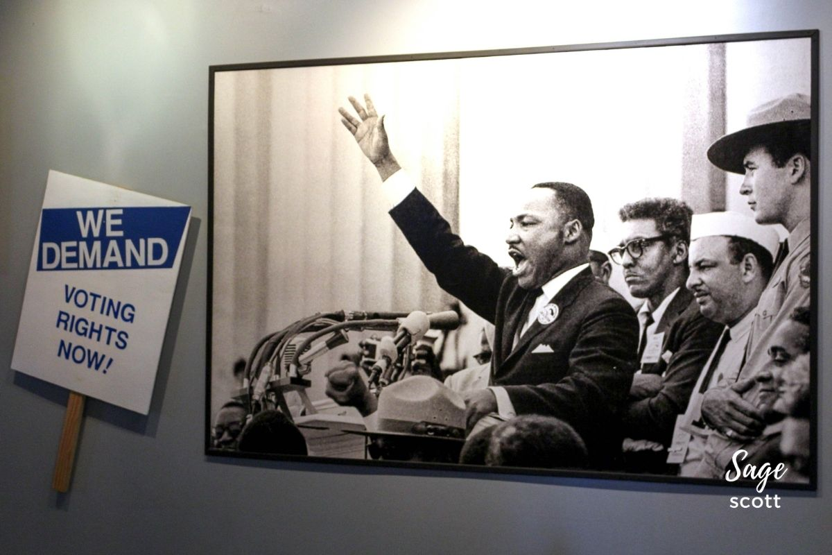 Black and white photo of Dr. Martin Luther King Jr at the King Center in Atlanta GA