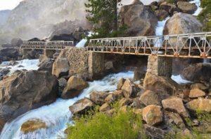Yosemite Waterfall Thumbnail
